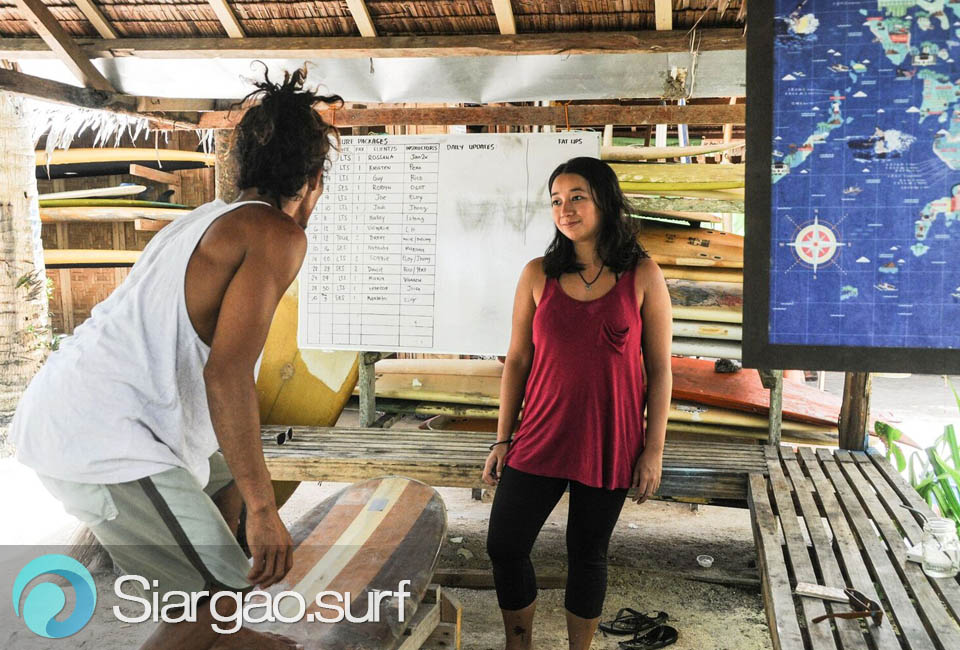 learn-surfing-siargao