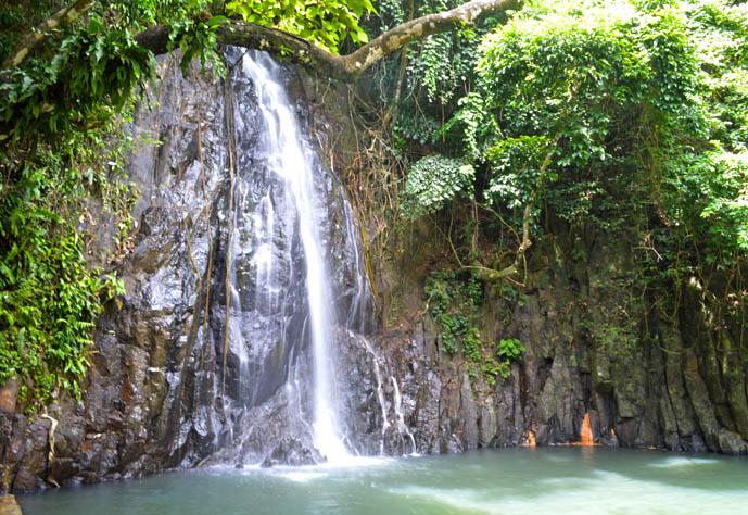 taktak waterfall siargao